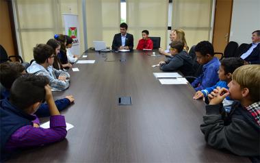 Requerimentos, indicações e as necessidades da cidade pautam encontro dos Vereadores Mirins com o prefeito
