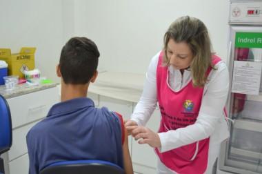 Vacina contra febre amarela começa a ser distribuída em fevereiro