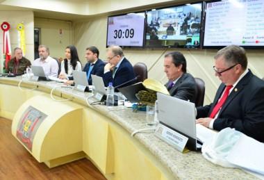 Informações sobre a Sessão do dia 21/5 na Câmara de Criciúma