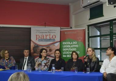 Parto humanizado é debatido em congresso nacional na Unesc