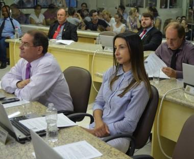 Vereadores aprovam projeto que reserva assento ao acompanhante da pessoa com deficiência