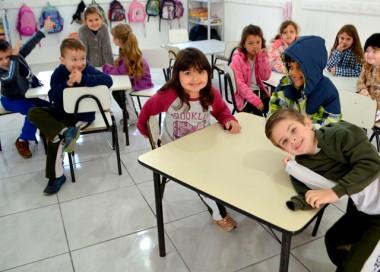 Volta às aulas com escolas reformadas em Siderópolis