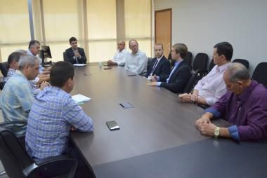 Prefeitos debatem mudanças na estrutura administrativa da Caixa
