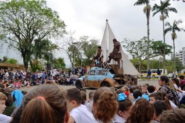 Siderópolis se encanta com o Festival Nacional de Teatro Revirado