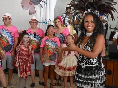 Samba no pé marcou sábado de carnaval na XII Feijoada da Montanha