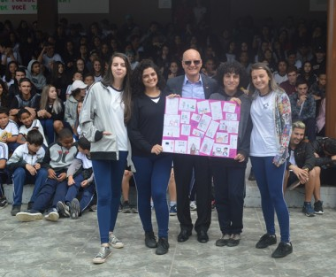 Secretaria da Educação mais próxima das escolas em visita à Criciúma