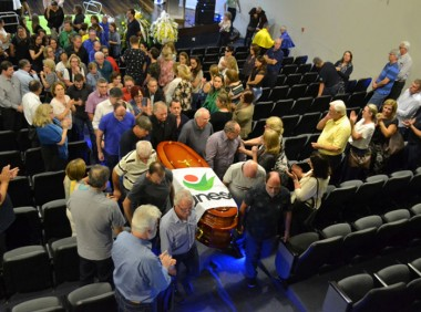 Homenagens e emoção no adeus a Antônio Milioli Filho