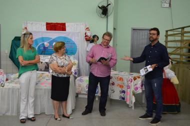 """Exposição da Afabess apresenta projeto """"Mãos com Histórias"""""""