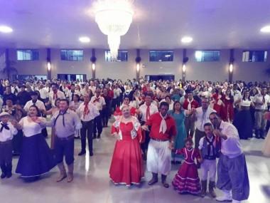 Jacinto Machado e Grupo Raízes oferecem curso gratuito de danças gaúchas