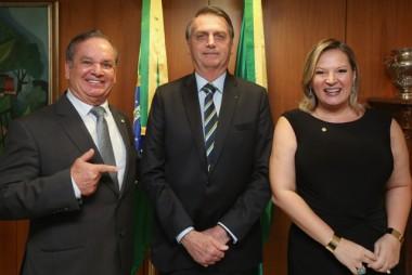 Peninha toma posse como vice-líder do governo Bolsonaro