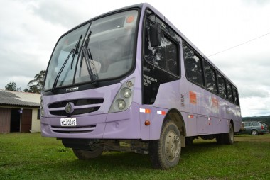 Ônibus lilás contra à violência doméstica chega na região