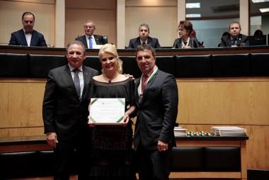 Deputado Dóia homenageia lider logista de Içara