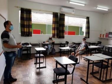 Iniciativa da rede estadual de ensino reintegra 3,2 mil alunos na pandemia
