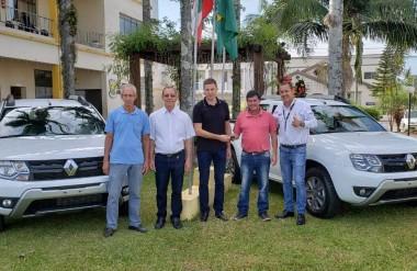 Administração de Jacinto Machado adquire dois novos veículos