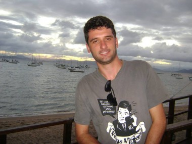 Nota de pesar pela morte de Emilio Rossi Fermo
