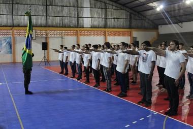 Içara: Entrega de Certificado de Dispensa é entregue a 61 jovens