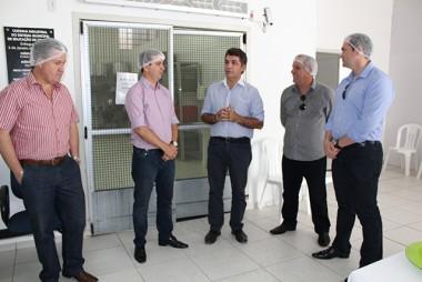 Central de Merenda é visitada por comitiva de Maracajá