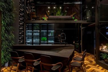 Elegância e sofisticação marcam Loft do arquiteto na CasaCorSC/Itapema