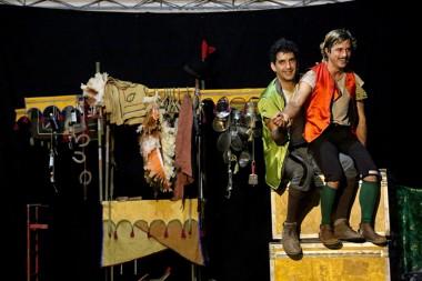 Noites de espetáculos lotados na Praça da Matriz de Içara