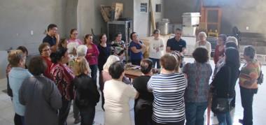 """""""Encanador para Mulheres"""" incentiva grupo do bairro Santo Antônio"""
