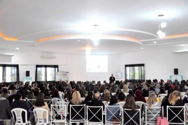 Sicoob Credija promove encontro com mais de 350 educadores