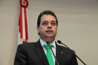 Deputado Rodrigo Minotto critica Reforma da Previdência