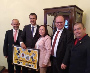 Sandro Serafim reafirma protocolo de Geminação em Portugal