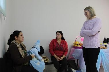 Içara: Gestantes recebem orientações no bairro Demboski