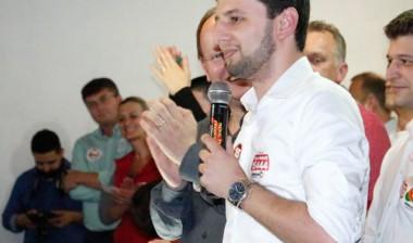 Higor Robetti assume vaga na Câmara de Içara