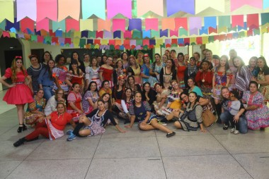 """Projeto """"Içara em movimento"""" realiza festa julina"""