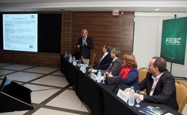 IMA de Santa Catarina lança modelo digital de licenciamento ambiental para o setor da avicultura