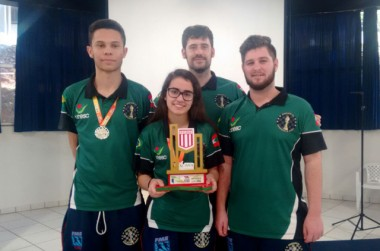 Xadrez Içara é campeão dos Jogos Universitário Catarinense