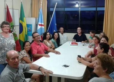 Família Feliz realiza reunião para o mês de novembro