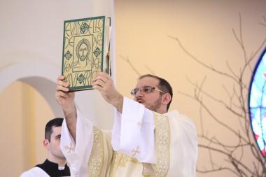 Diácono Samuel Pirola é ordenado no Santuário SCMJ