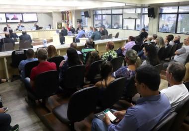 Informações sobre a Sessão do dia 12/3 na Câmara de Criciúma