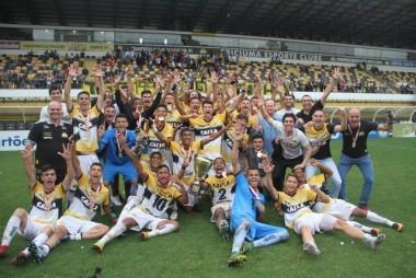 Time do Tigre sub-17 é campeão do Catarinense