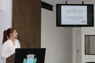 Procon de Içara apresenta ações aos vereadores