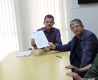 Frigo assina contrato com empresa vencedora do programa Avançar Cidade