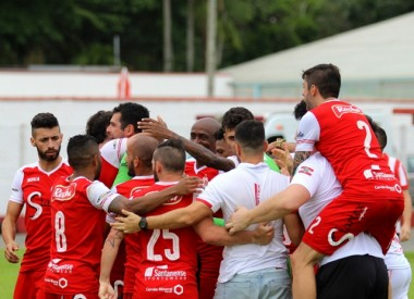 Metropolitano se classifica para a final do Estadual