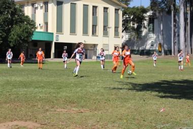 Moleque Bom de Bola reúne equipes no complexo da Satc