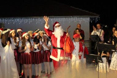 Público lota abertura do 1º Natal Encantado de Jacinto Machado