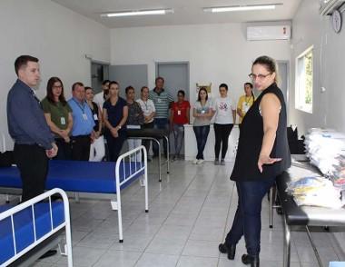 Servidores da Saúde de Maracajá recebem novos uniformes