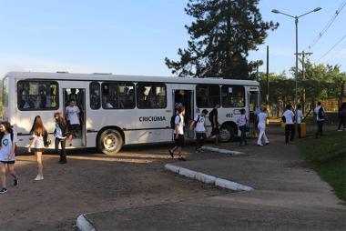 Satc, ACTU e DTT firmam parceria para linha de ônibus exclusiva