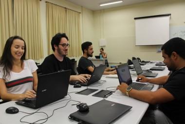 Vestibular da Faculdade Satc abre espaço para jovens cientistas