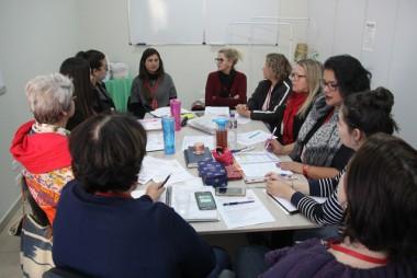 Coordenação do SCFV de zero a 17 anos reúne orientadoras sociais