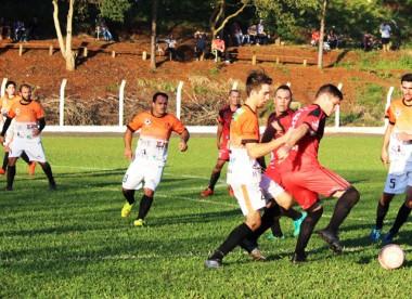 Morretes e São Cristóvão estão na semifinal do Municipal de Maracajá