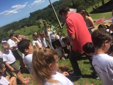 """Famsid inicia projeto """"plantar e cuidar"""" em escolas de Siderópolis"""