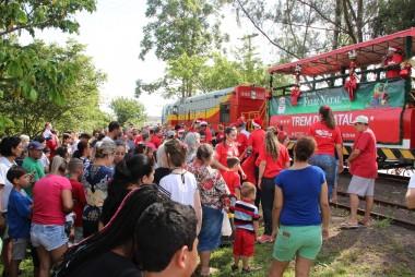 Trem de Natal da FTC distribui mais de 20 mil brinquedos