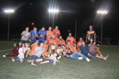 Equipe Entre Amigos conquista a Copa Via Sports