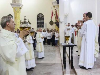 Diocese reunida em Treviso na Missa dos Santos Óleos